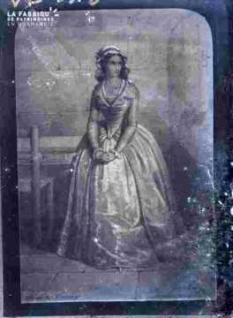 Ch Corday-en robe longue ample