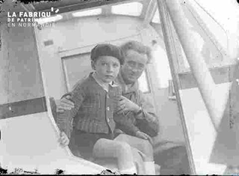 """""""""""Alain dans la cabine de l'avion avec Philippe"""""""""""