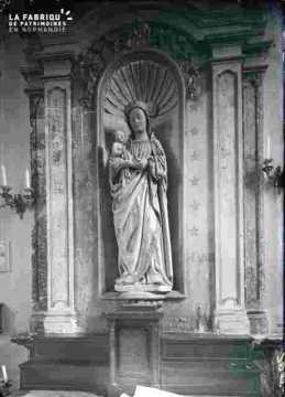 Vierge Royale-Eglise