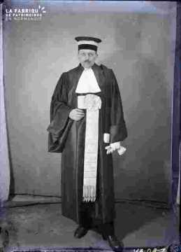 Spectacle-Maître Lefèvre-homme de loi