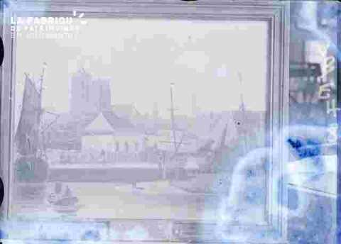 vue avec église Saint Jean