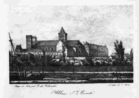 La Trinité-nef et Tombeau de Mathilde-Grav Angl