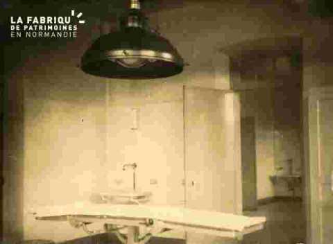 Hôpital-Salle d'opérations