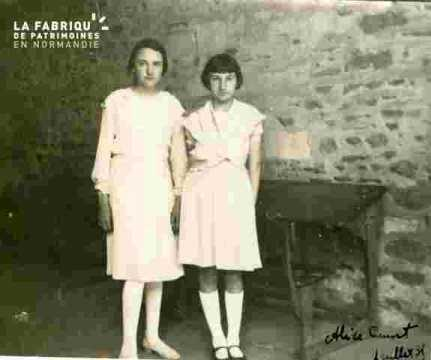 Alice Cauvet et Jacqueline  (juillet)