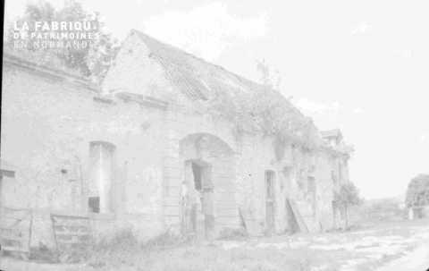 Ferme ornaise en ruines