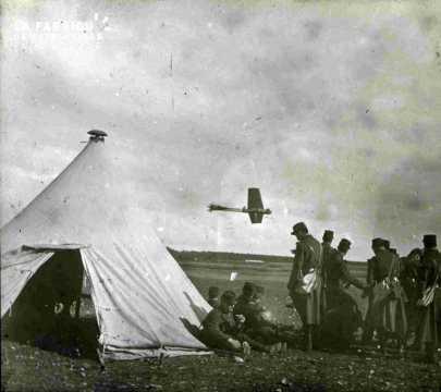 Campement militaire