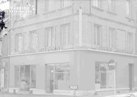Argentan laverie moderne pressing angle rues Aristide Briand er Ferdinand Buisson