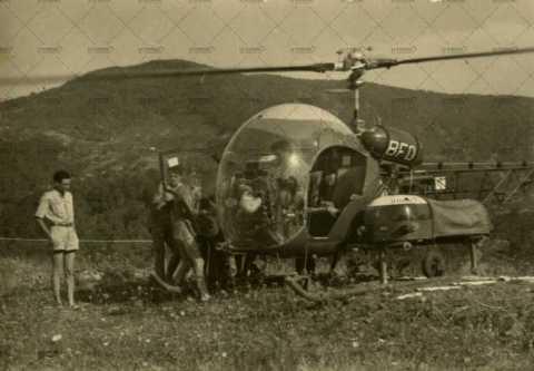 Soldats dans un hélicoptère