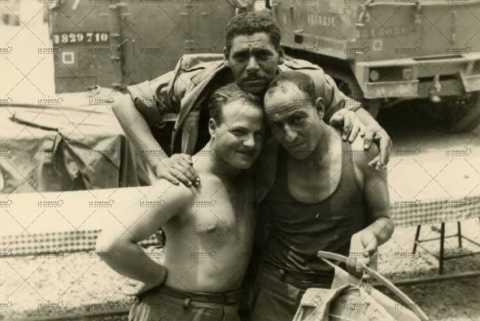 Portrait de trois soldats