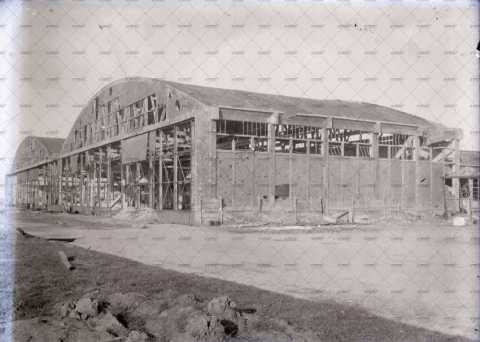 Carpiquet, hangar de l'aérodrome
