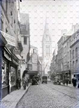 Rue commerçante à Caen