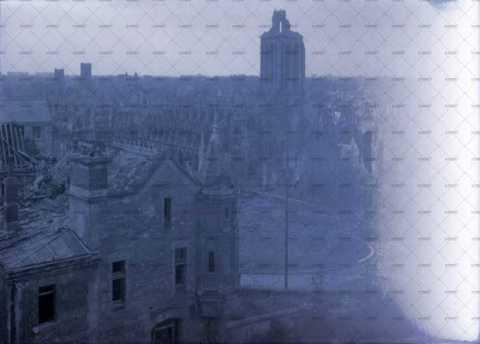 Caen en ruines, place du Château