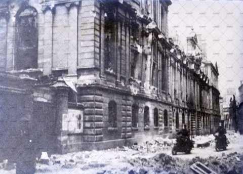 Caen en ruines, rue Saint-Sauveur