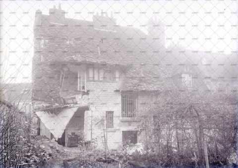 Caen en ruines, 12 rue Levverrier