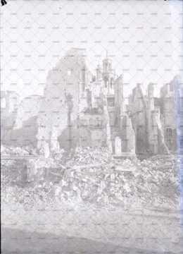 Caen en ruines, hôtel d'Escoville