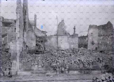 Caen en ruines, 16 rue Jean Romain