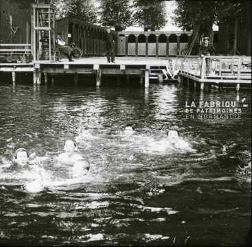 Ecole de natation à Caen