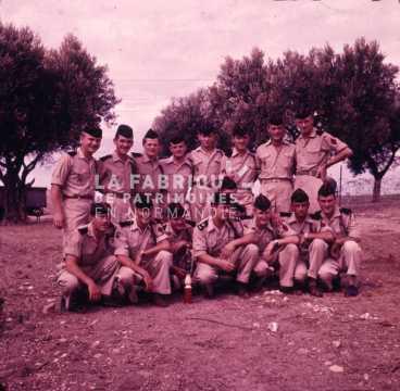 Groupe d'appelés pendant la guerre d'Algérie