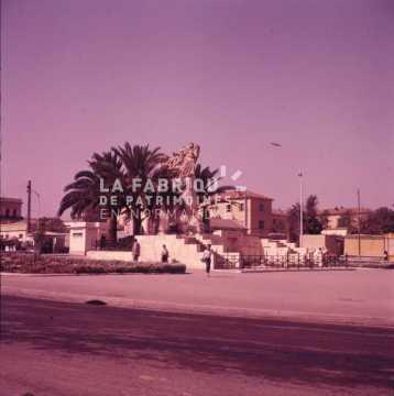 Monument aux morts en Algérie