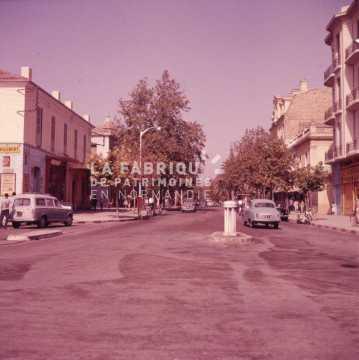 Rue d'une ville algérienne