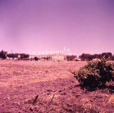 Ferme fortifiée par l'armée française durant la guerre d'Algérie