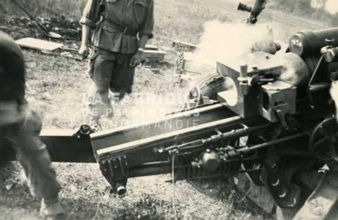 Culasse d'un canon m2 de 105 mm après un tir d'entrainement