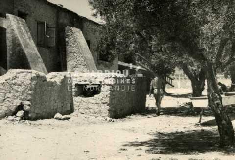 Ferme fortifiée par l'armée française en Algérie