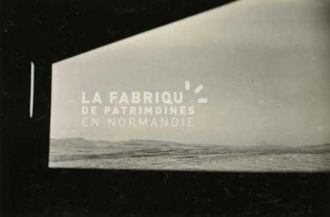 Vue sur le paysage algérien depuis un mirador de l'armée française.