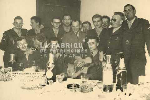 Soldat du 27e régiment d'artillerie lors d'une fête
