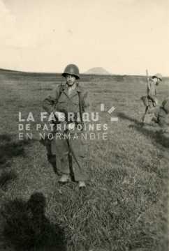 Soldat français en manœuvres durant son service militaire