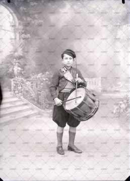 Portrait d'une jeune tambour