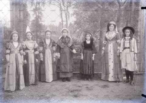 Photographie de groupe, carnaval