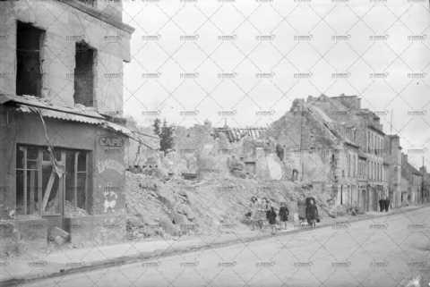 Caen, ruines en 1944