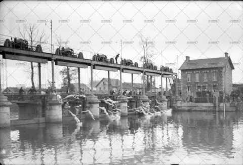 La traversée de Caen à la nage