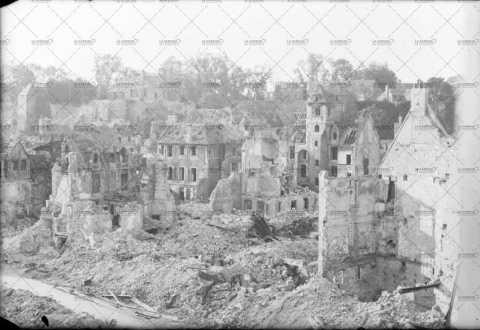 1944, Caen en ruines