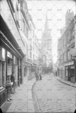 Caen, rue Froide