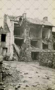 Les ruines de Pont-d'Ouilly