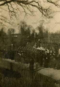 Procession à Pont-d'Ouily