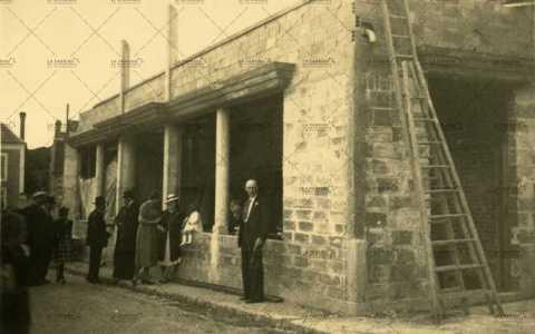 Construction du cinéma à Pont-d'Ouilly