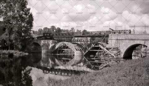 Reconstruction du pont Bailey