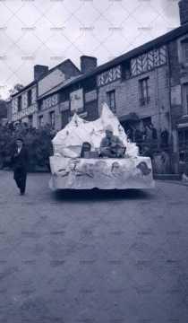 1951, Pentecôte