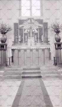 Autel de l'église de Pont-d'Ouilly