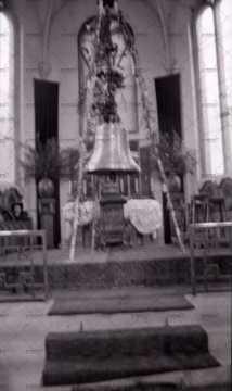 Cloche de l'église à Pont-d'Ouilly