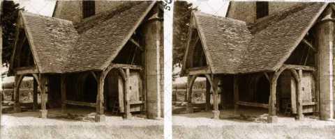 Porche de l'église Notre-Dame d'Ouilly-le-Vicomte
