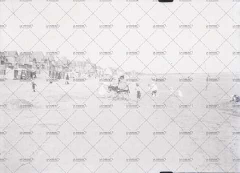 Promenade sur une plage normande