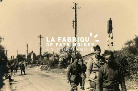 Soldats français prisonniers par l'armée allemande