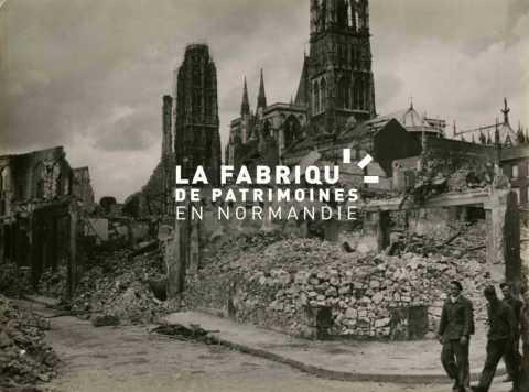 Cathédrale Notre de Rouen après l'incendie de juin 1940