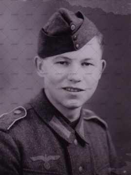 Portrait d'un jeune soldat allemand
