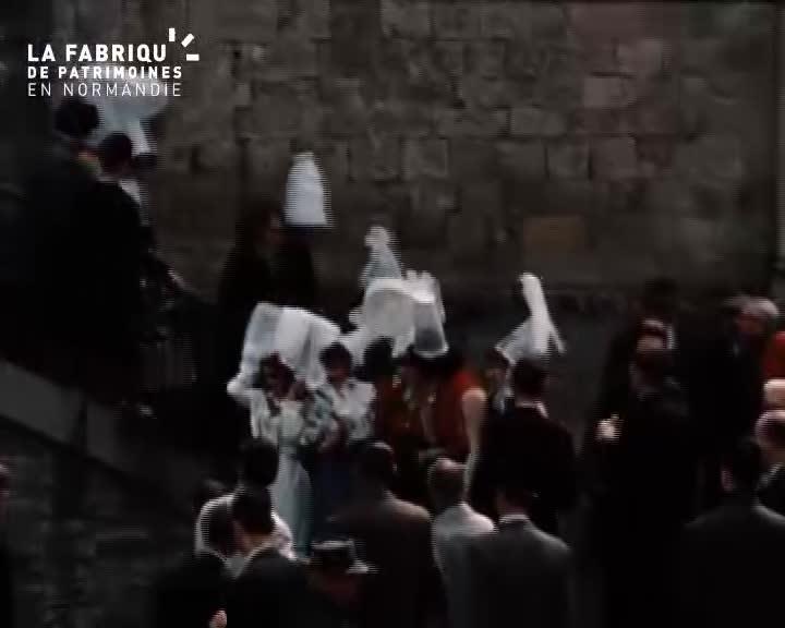 Inauguration et cérémonie à Thury-Harcourt