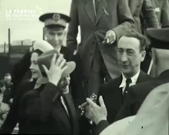 "1947, bénédiction du ""Viking"""